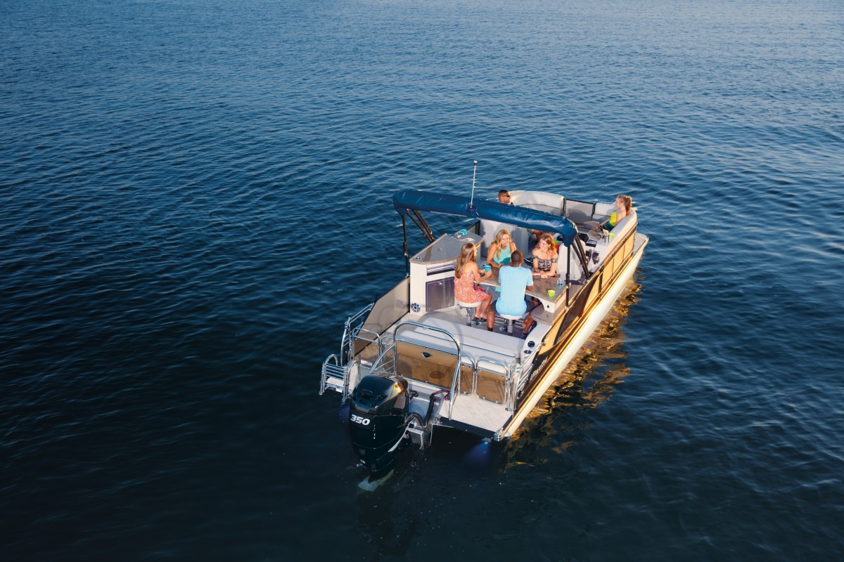 2019 SES | Manitou Pontoon Boats